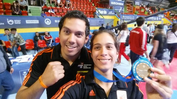 bronzen medaillewinnares Reshmie Oogink en coach Michael Oogink