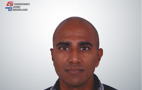 Dr. Prashant Komdeur